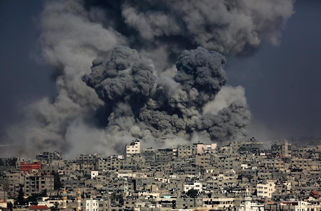 140729-gaza-israel-airstrike-smoke-1045a_b0a10d9e34b55b3a35b47e759ab51c8c