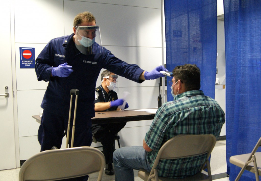 Ebola Screening Starts At O'Hare Airport